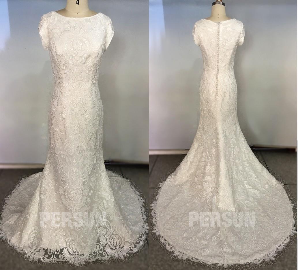 robe de mariée sirène en dentelle vintage col bateau avec petites manches